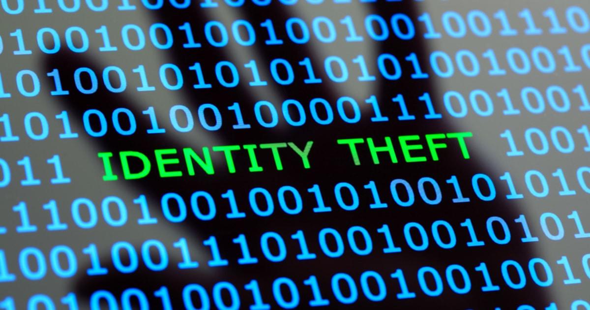 what is identity theft_f_blockchain.jpg