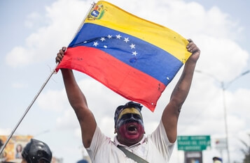 Venezuelans to Bypass Hyperinflation with Bitcoin-Backed Synthetic US Dollars After Years of Extreme Economic Crisis