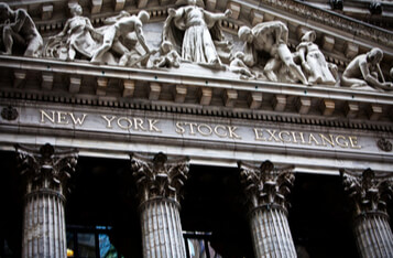 NYSE Launches Shares of Pro Crypto Silvergate Bank for Trading